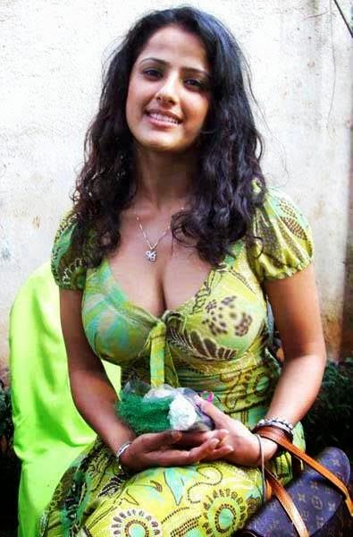 bangla choti69 golpo 2018 মিনিট দুয়েক ধরে আমার বাড়াটা চুষে দিল
