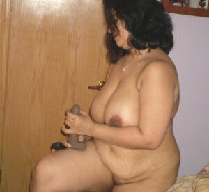 chubby big boobs aunty