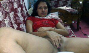 indian aunty fingering